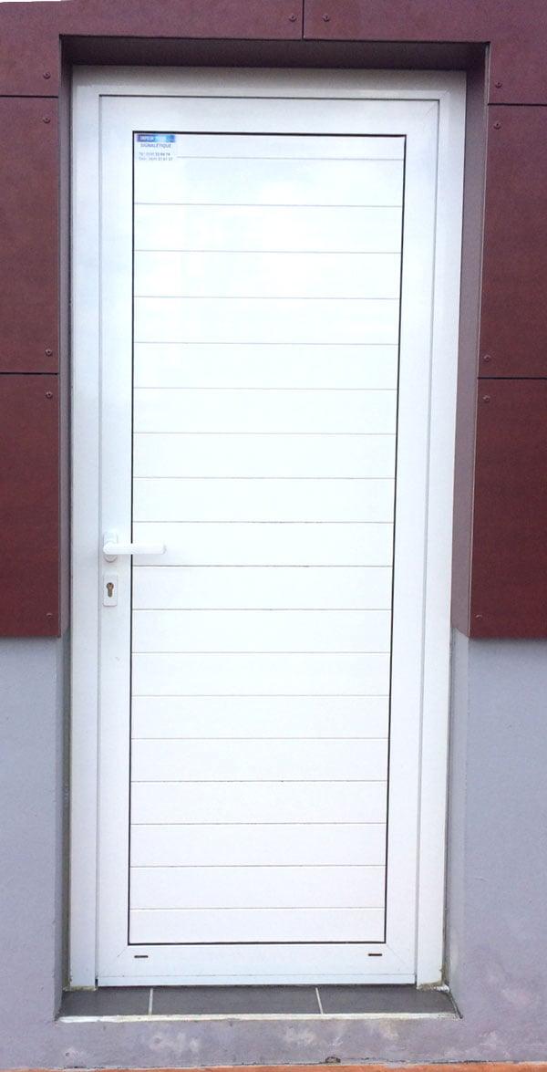 Porte aluminium ads 50 schuco alubat menuiserie aluminium guyane for Porte aluminium blanche